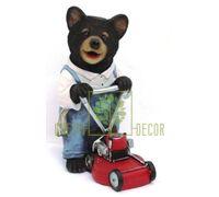 Фигурка Мишка садовник с газонокосилкой 30 см