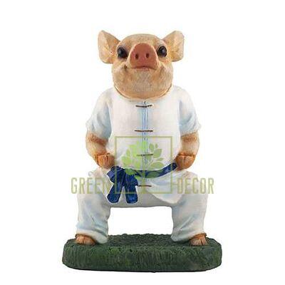 Фигурка Свинка каратист