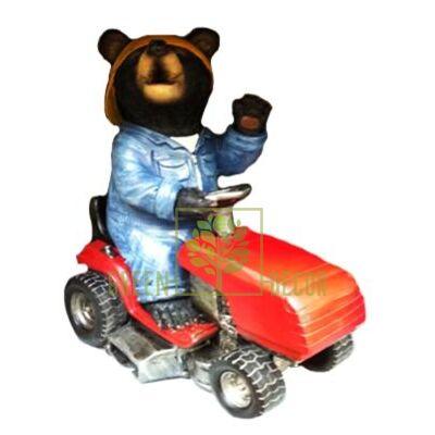 Фигурка садовая Мишка садовник на тракторе 36 см