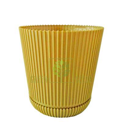 Горшок для цветов Гелиос-15 бежевый 1,75 л ребристый с подставкой