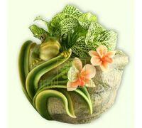 Кашпо Лягушка с цветами