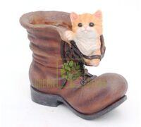 Кашпо Ботинок с котенком